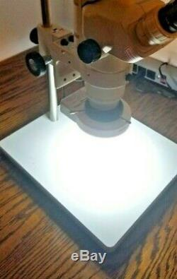 Olympus Stereo SZ60 Microscope with20x Eyepieces, Camera adapter Stand & LED light